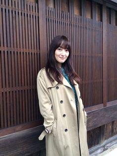 高梨臨 Raincoat, Actresses, Model, Jackets, Yukata, Kimono, Scrapbook, Fashion, Rain Jacket