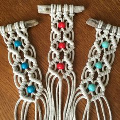 Best 11 These funky, petite macramé wall hangings are made from unbleached cotton, driftwood and bright wooden accent beads. You will receive one hanger and have the choice of red, cyan or turquoise beads. I collected the driftwood from a beach near where Macrame Wall Hanging Diy, Macrame Plant Holder, Macrame Curtain, Macrame Owl, Macrame Knots, Macrame Jewelry, Art Macramé, Micro Macramé, Ideias Diy