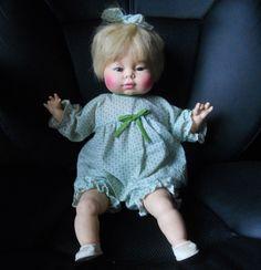 """Gorgeous Ventage 16"""" Thumbelina Style 1975 Horsman Doll"""