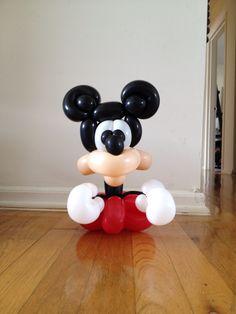 Mickey Mouse, balloons, balloon animals, balloon art, balloon twister, balloon sculpture, kid's parties, entertainer, events, follow me, archie cobblepot