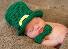 Ravelry: Lucky Leprechaun Hat and Bow Tie Photo Prop pattern by Christins from My Sweet Potato 3