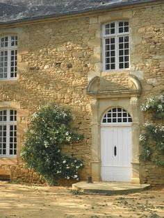 ♥ french country - saw several of these beauties in Burgundy