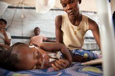 Meslinger dreper barn i Kongo Beret, Wrestling, Couple Photos, Couples, Sports, Lucha Libre, Couple Shots, Hs Sports, Sport