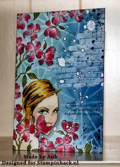 Uit & Thuis: Art Journal in de bloemetjes gezet.