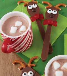 How To Make Rockin' Reindeer Candy Melts® Candy Spoons
