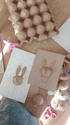 Fun Arts And Crafts, Fun Crafts, Craft Projects For Kids, Diy For Kids, Egg Carton Crafts, Crafty Kids, Art Activities, Teaching Art, Easter Crafts