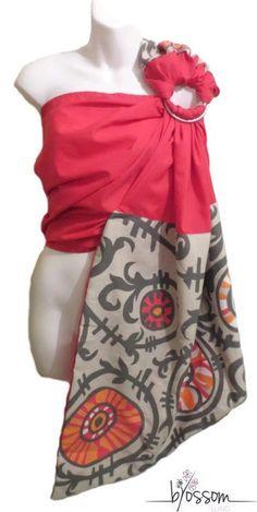 Ring Sling Blossom. Fait au Québec à la main. ✄Tissu 55% lin 45% viscose rose fushia avec pointe et épaule tissu coton à motifs fleurit rose fushia,