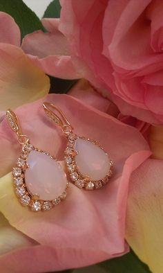 Σκουλαρίκια κρεμαστά σε ροζ ματ απόχρωση Swarovski, Jewelry, Products, Fashion, Moda, Jewlery, Jewerly, Fashion Styles, Schmuck