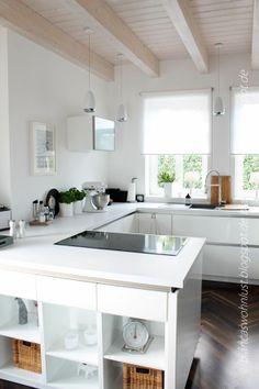 Küche / Holzdecke lasiert //Pinterest // EllDuclos