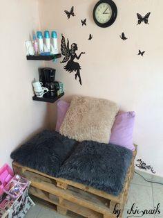 Our place!! Manicure,pedicure,eyebrows,hair,hairremovalwax  Μανικιουρ,πεντικιούρ,μαλλια,φρυδια,αποτριχωσεις Σας περιμένουμε!