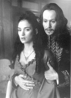 Mina (Winona Ryder) and Dracula (Gary Oldman) in Bram Stoker's Dracula, directed by Francis Ford Coppola (1992).