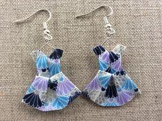 Boucles d'oreille robes à éventails en origami : Boucles d'oreille par p-tite-pomme