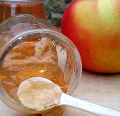 Gelée de pommes, ou comment recycler épluchures et trognons…