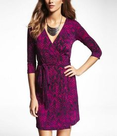 PRINTED KNIT WRAP DRESS at Express