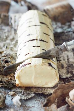 "Koivuhalko - ""Birch Log"" a unique midsummer dessert! Yule, Baking Recipes, Cake Recipes, Finnish Recipes, Sweet Pastries, Baking And Pastry, Piece Of Cakes, Sweet And Salty, Cakes And More"