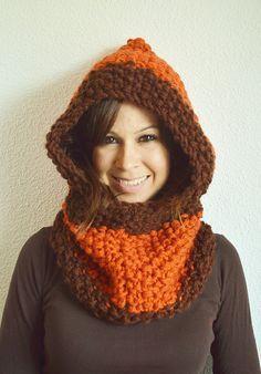 Hooded Scarf Pattern, Crochet Hooded Scarf, Crochet Cap, Crochet Round, Crochet Beanie, Love Crochet, Crochet Scarves, Knitted Hats, Crochet Winter