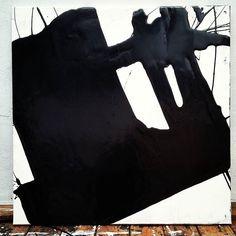 Huile sur toile - Oil on canvas - 80x80 cm . . . . #abstrait #abstract #peintureabstraite #abstractpainting #painting #abstraction #abstractart #abstractexpressionism #modernart #oilpainting #oiloncanvas #artonsale #artiststudio #atelierdartiste #atelier #studio #contemporaryart #art #minimalart #artist #artistatwork #artwork #calirezo #artoftheday #minimalism #minimalist #texture #gallery #galerie #calligraphy