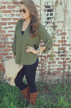 She's Simply Striking Blouse: Green