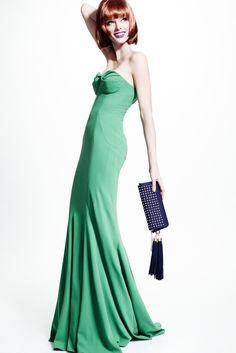 The complete ZAC Zac Posen Resort 2014 fashion show now on Vogue Runway.