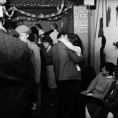 Blitz air raid shelter romance to Soho strip joint antics: Vintage pictures reveal London love over the last century Collages, Soho Club, Beatnik Style, 1960s Party, London Party, Best Vacation Destinations, London Pictures, London Photos, London Museums