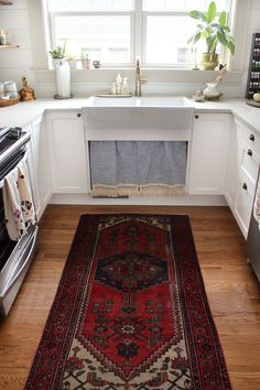Vintage rug in kitch