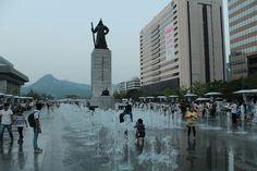 The Ultimate Seoul Itinerary: 3 Days in Seoul | The Planet D South Korea Destinations, South Korea Travel, Seoul Itinerary, Bukchon Hanok Village, Nami Island, Han River, Day Tours, Walking Tour, Public Transport