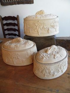 Beautiful graduated set of three Wedgwood, Caneware game dishes- Really nice condition. 7.10.14