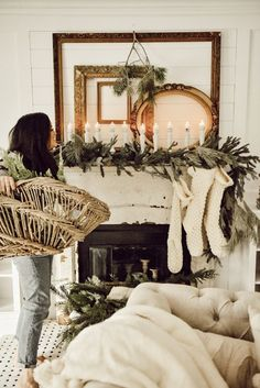 Are you searching for inspiration for farmhouse christmas tree? Browse around this website for perfect farmhouse christmas tree ideas. This particular farmhouse christmas tree ideas appears to be completely terrific. Christmas Mantels, Noel Christmas, White Christmas, Vintage Christmas, Christmas Crafts, Bohemian Christmas, Christmas Movies, Christmas Lights, Christmas Villages