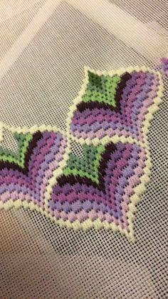Bargello Needlepoint Or Florentine Long - Diy Crafts - Qoster Bargello Needlepoint, Bargello Quilts, Broderie Bargello, Bargello Quilt Patterns, Needlepoint Stitches, Hand Embroidery Kits, Hardanger Embroidery, Ribbon Embroidery, Cross Stitch Embroidery