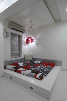 low bed with storage space - Sonali Shah Bedroom False Ceiling Design, Room Design Bedroom, Bedroom Furniture Design, Modern Bedroom Design, Home Room Design, Home Decor Furniture, Home Interior Design, Master Bedroom, Living Room Tv Unit Designs