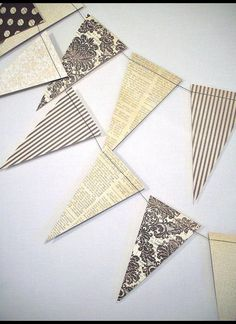Vintage Style Party Garland 6 ft of by AllThatGlittersWraps, $7.95