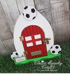 Fairy Crafts, Gothic Fairy, Fairy Doors, Cupcake Party, Fairy Gardens, Door Design, Claire, Arts And Crafts, Houses
