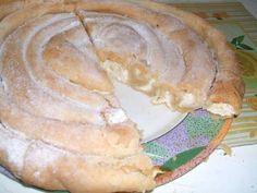Túrós burek Hungarian Recipes, Apple Pie, Camembert Cheese, Muffin, Gluten, Favorite Recipes, Bread, Meals, Food