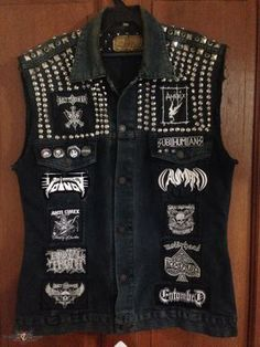 Metal Punk Vest My metal punk vest. All woven/embroidered patches except for the Motörhead back patch, it is silk screen print on canvas. Metal Fashion, Punk Fashion, Fashion Tips, Men's Leather Jacket, Vest Jacket, Rock Style, My Style, Punk Jackets, Battle Jacket