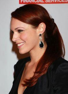 Beautiful red hair mandoolie