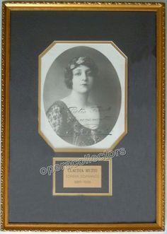 Muzio, Claudia - Signed photo as Norma
