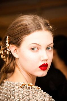 Lindsey Wixson backstage at Oscar de La Renta Fall 2013