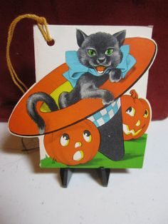 Vintage 1930's-40's art deco unused die cut halloween bridge tally card black cat inside a witches hat and 2 Jack O' Lanterns