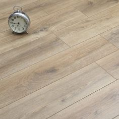 Mountain lakeside oak laminate flooring for Www homedesigns com