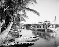 Houseboat on the Miami River