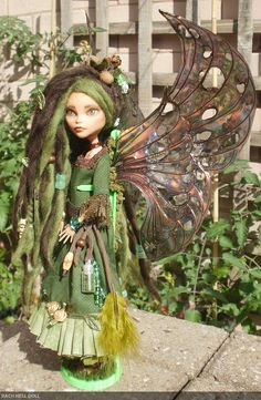 monster high custom repaint The Autumn Fairy by HausOfDolls. Look someone made use of those disgusting monster high dolls