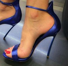 Cute shoes is everything and timeless. Your perfect shoes it can be hottest pumps, booties, or stilettos. High Heels Boots, Hot High Heels, Sexy Heels, Pumps Heels, Stiletto Heels, Shoe Boots, Blue Heels, Heeled Sandals, Navy Sandals