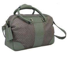 Sports Bag in Grey Crust Leather and Green. Leather Luggage, Green Leather, Gym Bag, Grey, Sports, How To Wear, Bags, Collection, Gray