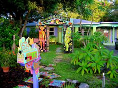 Visit reports, news, maps, directions and info on Mosaic Art House in Dunedin, Florida. Roadside Attractions, Mosaic Art, Home Art, Florida, Outdoor Structures, Mailbox, House, Travel, Voyage