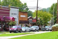 Springville Alabama: Looks like a Rockwell Americana painting (Main Street or U. S. Hwy 11) HOME SWEET HOME :)