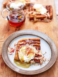 Gluten Free griddle pan waffles by Jamie Oliver - love the idea of using a griddle pan for a quick morning breakfast Waffle Recipes, Fruit Recipes, Brunch Recipes, Breakfast Recipes, Breakfast Ideas, Raclette Recipes, Dessert Recipes, Gluten Free Breakfasts, Gluten Free Desserts
