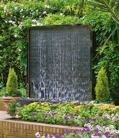 Outdoor wall water feature