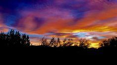Desert Sunset Las Vegas NV [2728x1536] [OC] -Please check the website for more pics