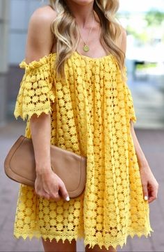 How to wear street style with taste? Discover the best outfit ideas and learn how to look fantastic everyday Classy Summer Outfits, Cool Outfits, Fashion Outfits, Spring Street Style, Spring Summer Fashion, Summer Office Attire, Brunch Outfit, Blush Dresses, Outfit Combinations