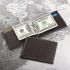 Bomber Jacket Moneyclip Wallet: With a central clip to grip your greenbacks!